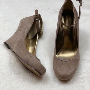 Nine West Leather Upper Size 6M
